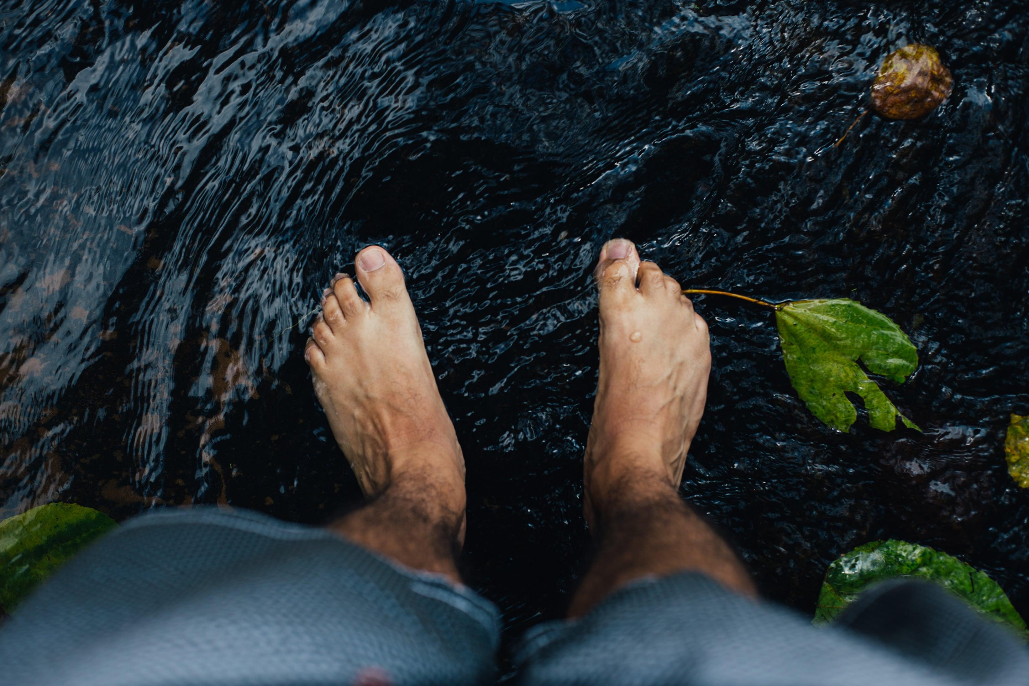 Pedicure-mannen-voeten